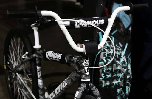 2015 SE TB Famous Stars and Straps Big Ripper