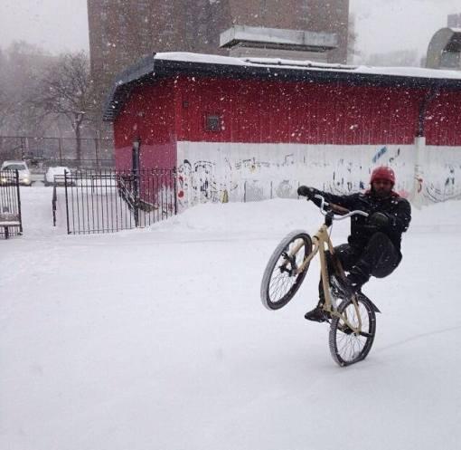 snow wheelie